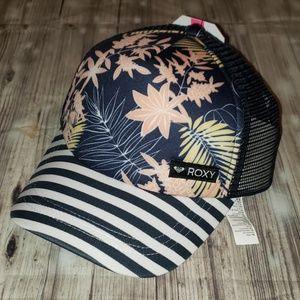 Roxy Just OK Mesh snap back trucker hat